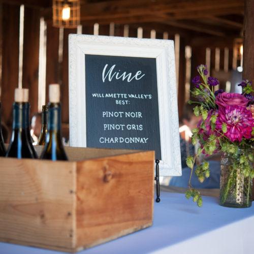 Jennifer Alyse Weddings // Tin Roof Barn