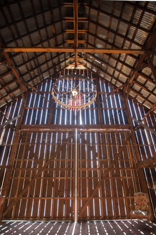 Kate Holt Photography // Tin Roof Barn Weddings & Events