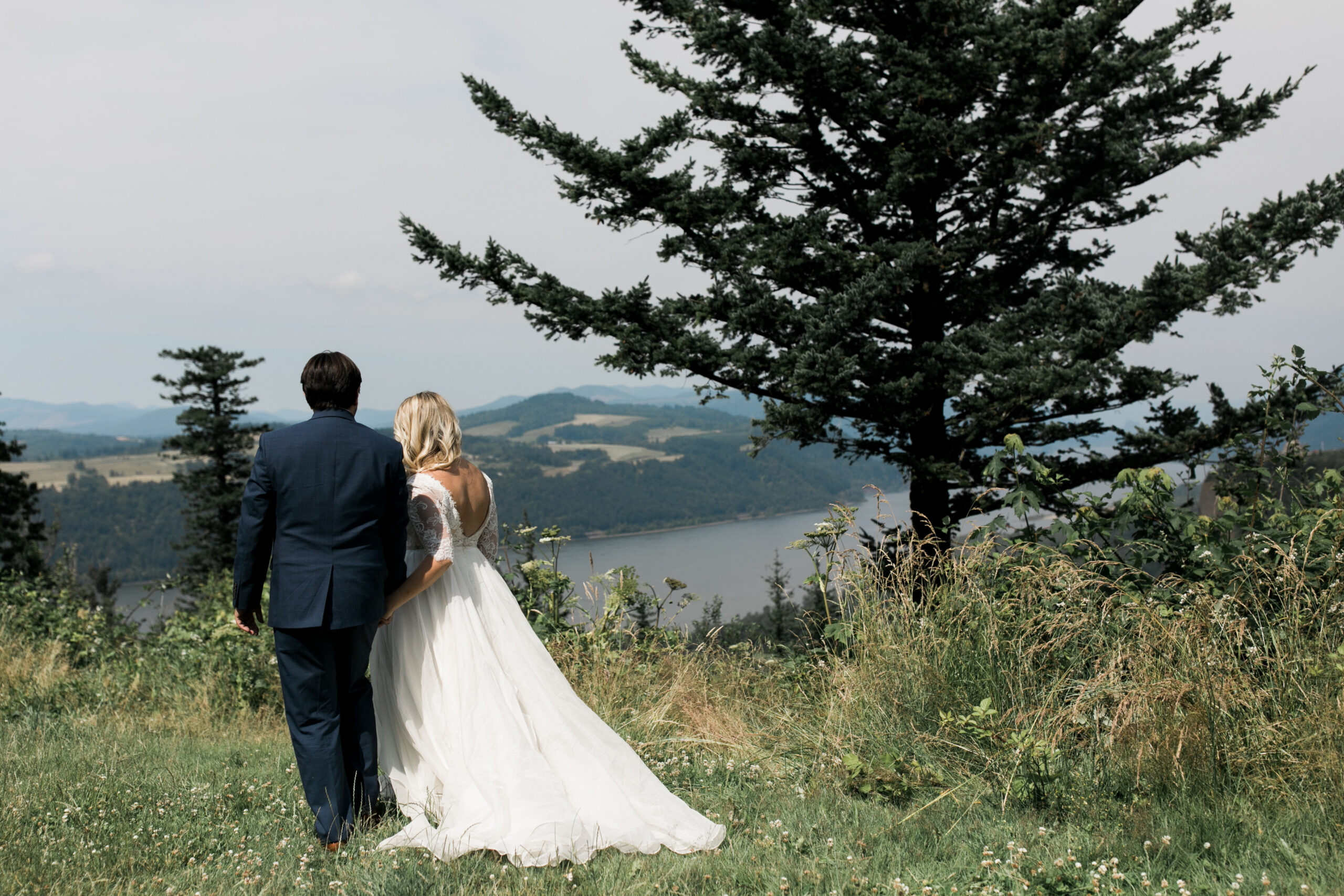 Nomadic Newlyweds // Tin Roof Barn Weddings and Events